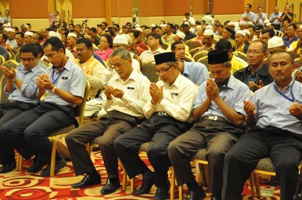 Padi SRI Selangor : Titik Permulaan Pengenalan SRI 24 Mei, 2011