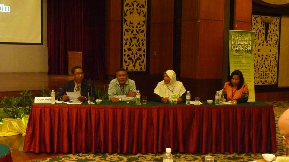 Padi SRI Selangor : Pak Tam Pengerusi Sesi Forum 2