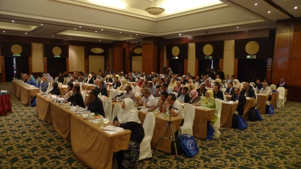 Padi SRI Selangor : Peserta Persidangan Penuh Sepanjang Hari