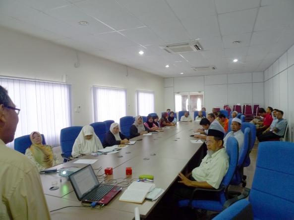 Padi SRI Selangor : Pak Tam Memberi Latihan Pertanian Ekologi