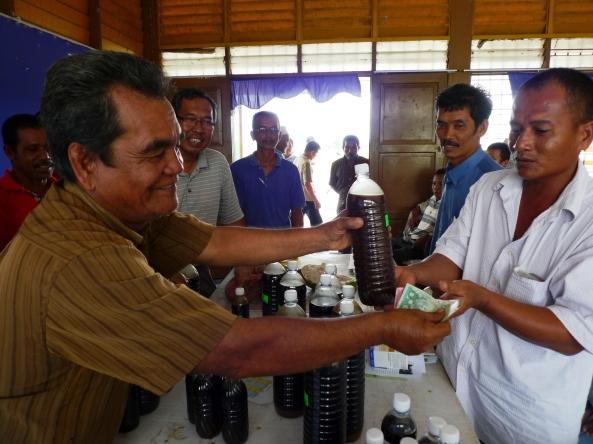 Padi SRI Selangor : Petani Membeli Produk SRI